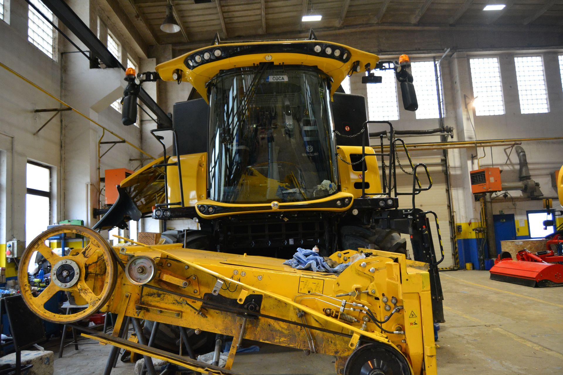 Servis zemědělských strojů
